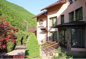 «Мелодия гор» пик-отель