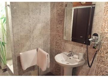 Отель «Мелодия гор» Люкс 2-местный 2-комнатный
