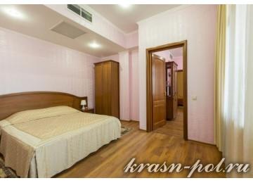 Отель «Тройка» Люкс 2-местный 3-комнатный