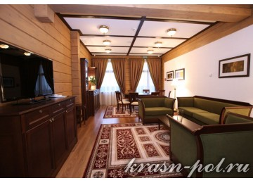 Отель «Поляна 1389» Коттедж Премиум 6-местный 4-комнатный
