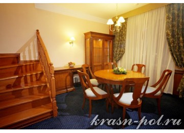 Отель «Пик отель» 2-местный 2-уровневый люкс