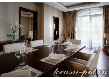 Отель «Sochi Marriott Krasnaya Polyana» Президентский люкс