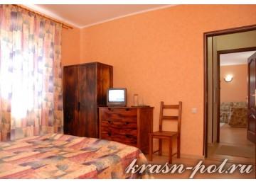 Отель «Альпийский двор» Люкс 2-комнатный 2-местный